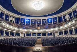 How to buy opera tickets in Moscow?