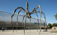 Louise Bourgeois' sculpture in front of the Garage
