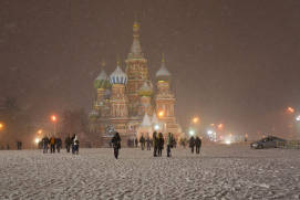 Blizzard in Moscow. Shutterstock.com.