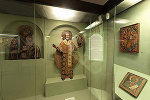 Exposition of wooden sculptures and icons