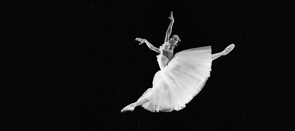 What is Russian ballet famous for?